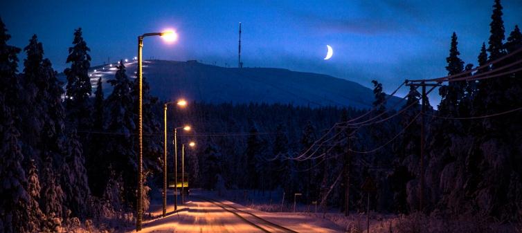 Ylläs katu ja kuu